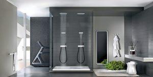 PRIVATE WELLNESS od Gessi je sprchový systém s hlavovou sprchou nabízející déšť, kaskádu a mlhu. Lze ji doplnit nástěnnou kaskádou a regulovatelnými minisprchami pro hydromasáž. Rozměry hlavice 35 x 35 cm, materiál leštěná ocel. Cena 94 632 Kč. DESIGN BATH SE