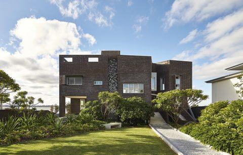 Kosmopolitní australský Perth vyhodnotil magazín The Economist jako osmé nejvhodnější město pro život. Jde tedy o ideální místo pro stavbu vícegenerační rodinné rezidence.