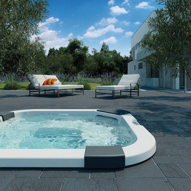 KLASICKÁ HYDROMASÁŽ doplněná aroma a světelnou terapií i funkcí blower, to je model Santorini PRO, Italian Design Range. Jde o dokonalou rodinnou vířivku se 2 lehátky a 3 místy k sezení. Cena od 457 000 Kč. ALBIXON