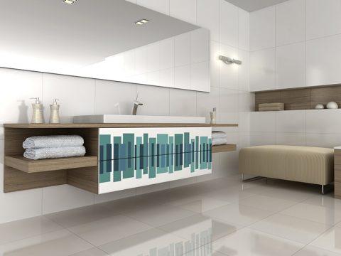 ABSTRAKTNÍ GEOMETRICKÉ OBRAZCE, jež patří k velmi oblíbeným dekorativním motivům, lze na koupelnový nábytek nanést technologií Overface. Cena grafiky od 2 118 Kč/m2. TRACHEA, www.trachea.cz