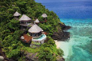 Resort nabízí celkem 25 luxusních vil s vlastním bazénem v šesti rozdílných kategoriích. Ceny nejsou nikde oficiálně zveřejněny, ale pohybují se od 2 500 do 24 500 liber za noc/all-inclusive s minimálním pobytem na 4 dny.