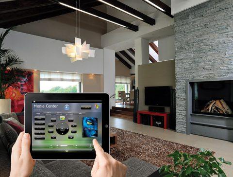 ŘEŠENÍ inHome AMX je vhodné pro ovládání audiovizuální techniky včetně distribuce Full HD obrazu a zvuku a řízení domácího kina. Zapomeňte na hromadu dálkových ovladačů. Na vše vám stačí chytrý telefon nebo tablet. Cena inHome AMX pro AV techniku od 100 000Kč. INSIGHT HOME